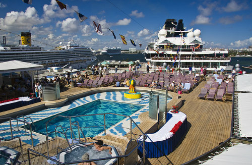 Whos To Blame For Norwegian Cruise Ship Drowning MyPoolSigns Blog - Cruise ship drowning